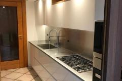 Cucina laccata lucida a Udine