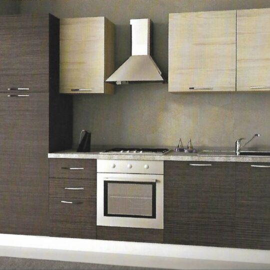 Cucina in laminato da 270 cm